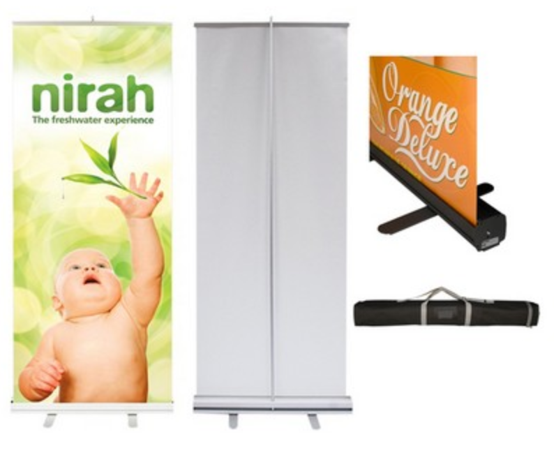 outdoor-event-retractable-banner